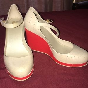 Melissa cream red wedge heels size 5